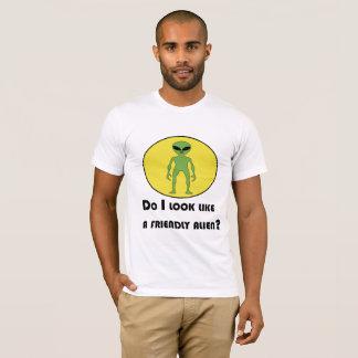 Plutôt alien amical t-shirt