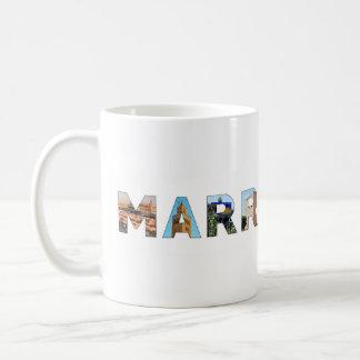 point de repère de voyage des textes de symbole du mug