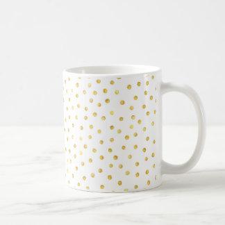 Points élégants de confettis de feuille d'or mug