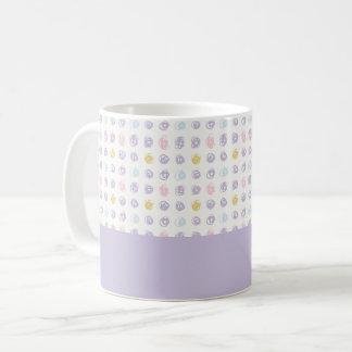 Points et tasse de pastels