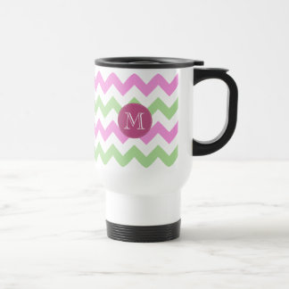 Points verts rose-clair de cercle de monogramme de mug de voyage