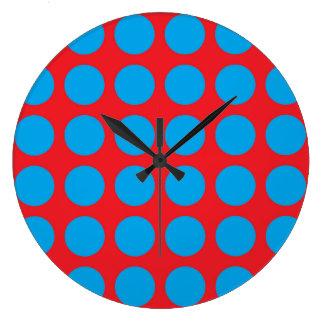 Pois de turquoise rouge grande horloge ronde