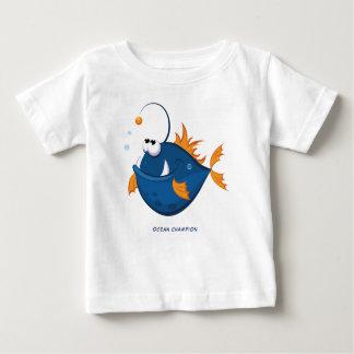 Poissons de pêcheur à la ligne d'océan profond t-shirt pour bébé