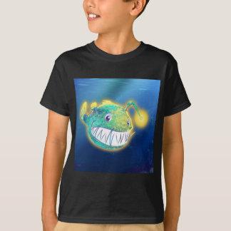 Poissons de pêcheur à la ligne mignons t-shirt