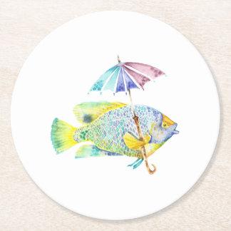 Poissons de poisson avec le parapluie dessous-de-verre rond en papier