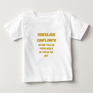 Poissons ridicules de plaintes en mer t-shirts