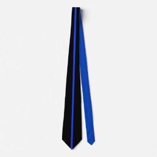 Police de la cravate des hommes bleus noirs de