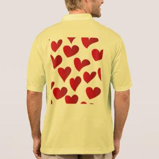 Polo Amour rouge de coeur peint par motif