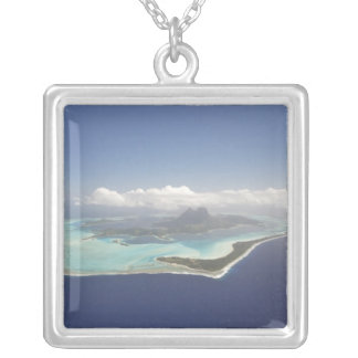 Polynésie française, Tahiti, Bora Bora. Pendentif Carré