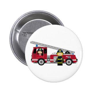 Pompier de bande dessinée et pompe à incendie mign badge rond 5 cm