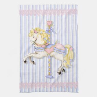 Poney en pastel de carrousel serviette éponge
