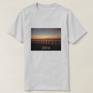 Pont 2016 au coucher du soleil t-shirt