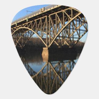 Pont au-dessus de rivière de Schuylkill Médiators
