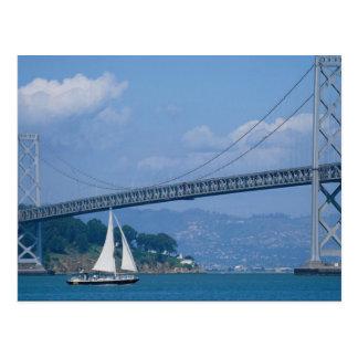 Pont de baie d'Oakland avec le voilier, San Cartes Postales