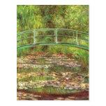 Pont de Monet au-dessus d'étang rose de mer Carte Postale