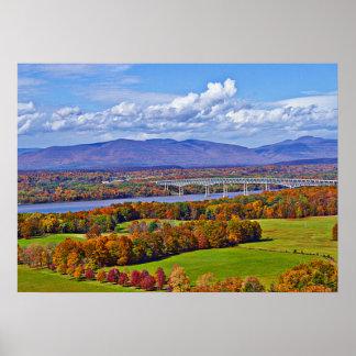 Pont de Rhinecliff en automne Poster