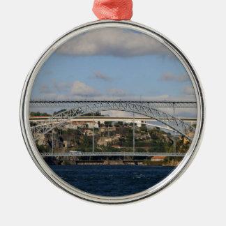 Pont des DOM Luis I, Porto, Portugal Ornement Rond Argenté