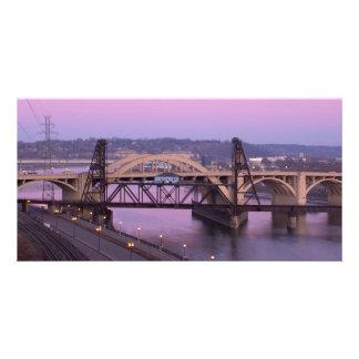 Pont en rue de Robert au crépuscule Cartes De Vœux Avec Photo