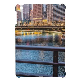 Ponts et lumières de Chicago Étuis iPad Mini