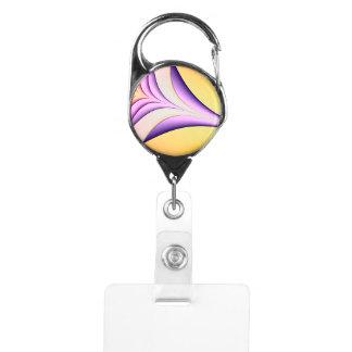 Porte-badge Fractale colorée par pastel. Jaune, rose, pourpre
