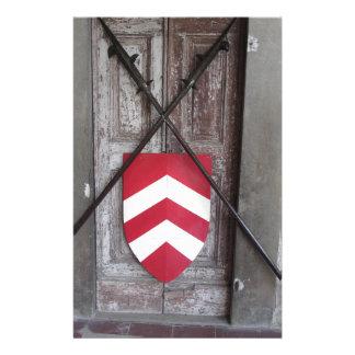 Porte barrée. Lances et bouclier croisés médiévaux Papier À Lettre Personnalisé