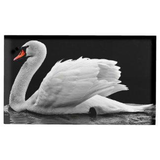 Porte-cartes De Table Belle natation blanche de cygne sur l'eau immobile