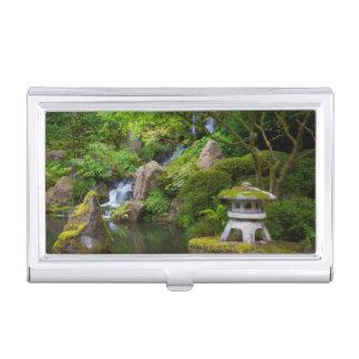 Porte-cartes De Visite Pagoda et étang dans le jardin japonais