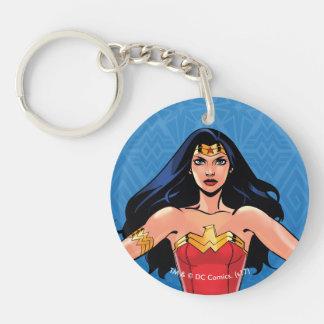 Porte-clefs Femme de merveille - combat pour la paix