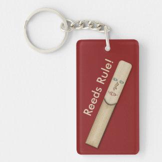 Porte-clefs Règle de roseaux pour des musiciens de saxo et de