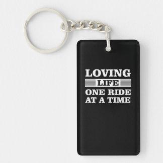 Porte-clefs Tour affectueux de la vie une à la moto de temps