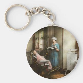 Porte-clés Dentiste - le patient est une vertu 1920