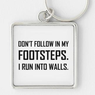 Porte-clés Je cours dans des murs drôles