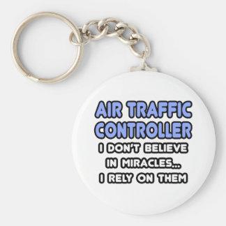 Porte-clés Miracles et contrôleurs de la navigation aérienne
