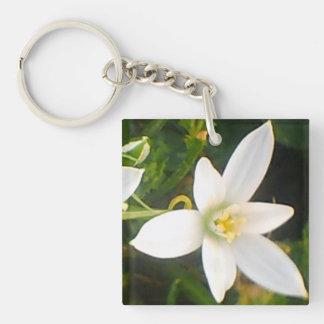 Porte-clés Porte - clé blanc de fleur de ressort