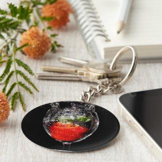 Porte-clés Porte - clé d'éclaboussure de fraise