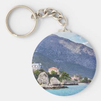 Porte-clés Roches et montagne de Chambres à la mer grecque
