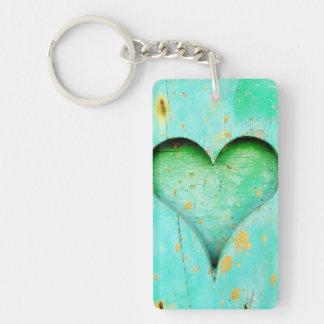 Porte-clés Symbole en bois de coeur de peinture bleue patinée