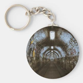 Porte-clés Tunnel souterrain d'obscurité