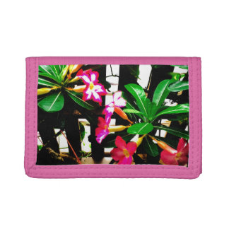portefeuille rose de nylon de fleur