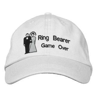 Porteur d'alliances sur- de jeu casquette brodée