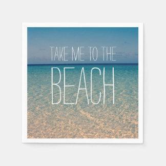Portez-moi au sable de ciel bleu d'été d'océan de serviette en papier