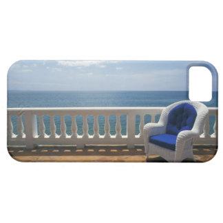 Porto Rico. Chaise en osier et terrasse carrelée à iPhone 5 Case
