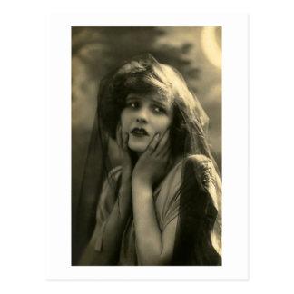 Portrait d'années '20 carte postale