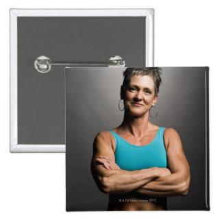 Portrait de femme d'ajustement badges
