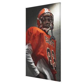 Portrait de football américain adolescent (de toile tendue sur châssis