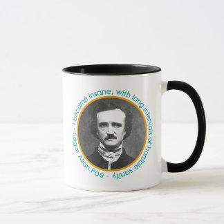 Portrait d'Edgar Allan Poe avec la tasse de