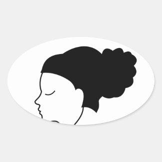 Portrait d'une belle dame sticker ovale