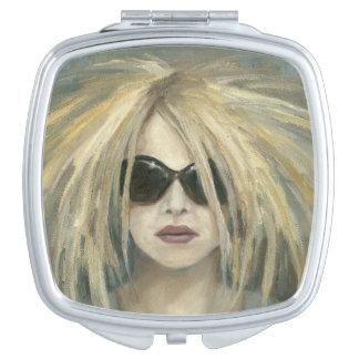 Portrait moderne punk de femelle de peinture de miroir de poche