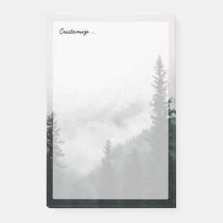 Post-it® Au-dessus des montagnes et de la cuvette les bois
