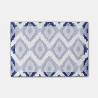 Post-it® Blanc tribal Chevron de diamant d'Ikat de bleu